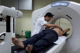 Máy xạ chính xác tới khối u đảm bảo an toàn tuyệt đối cho từng bệnh nhân là những ưu điểm nổi bật của hệ thống gia tốc xạ trị - xạ phẫu đa năng lượng VERSA HD mà Bệnh viện Chợ Rẫy 5